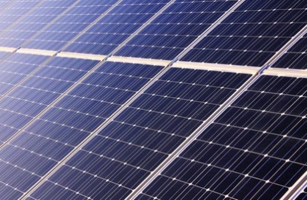 Schneider Electric: Ηλεκτροδότηση χωριών με φωτοβολταϊκά