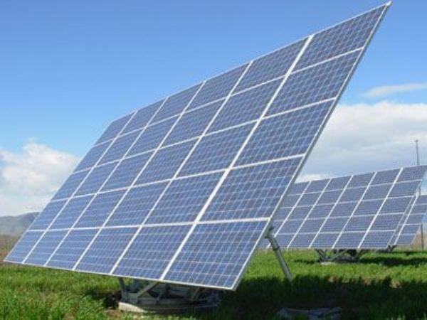 Μείωση στις ταρίφες των φωτοβολταϊκών εξετάζει ο Υπουργός Περιβάλλοντος