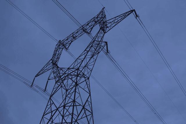 Προχωρά η ιδιωτικοποίηση των δικτύων μεταφοράς ηλεκτρικής ενέργειας