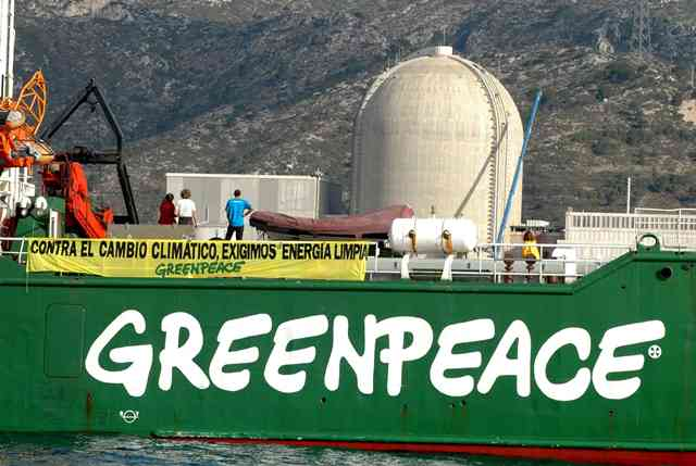 H Greenpeace προειδοποιεί για το λιγνίτη
