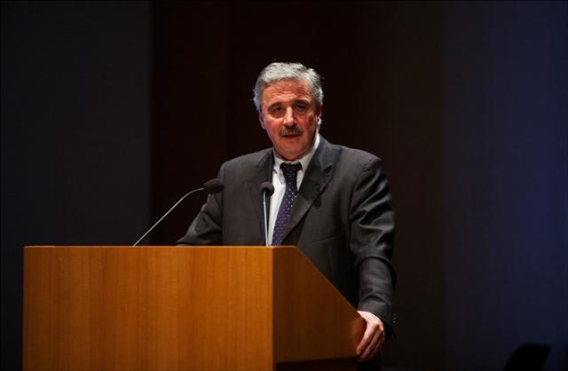 Ομιλία Μανιάτη στην παρουσίαση του βιβλίου του