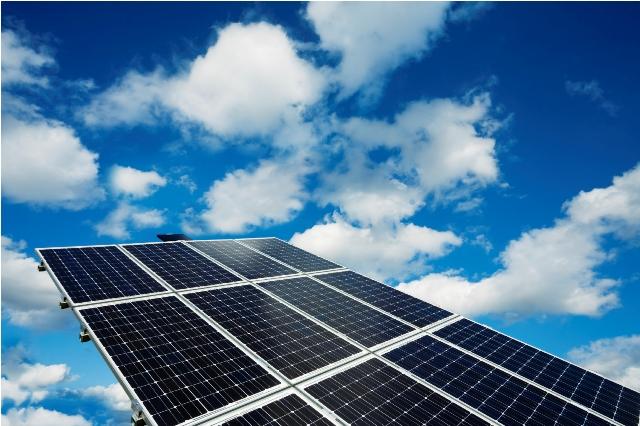 Νέα φωτοβολταϊκά από την Greentop