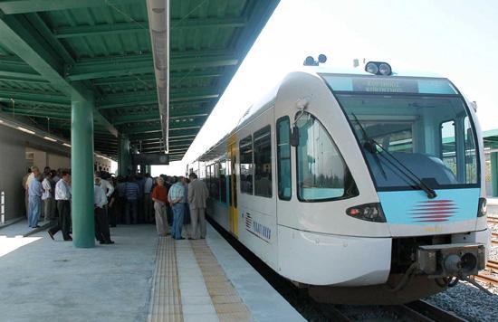 Η Ελλάδα στις ράγες του τρένου