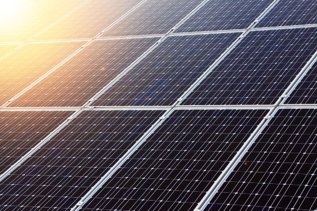 Σε άνοδο τα φωτοβολταϊκά στην Ελλάδα