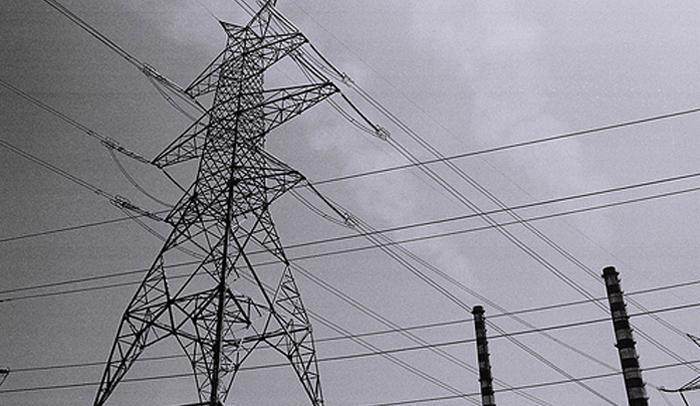 Επί ποδός για τη στήριξη του ηλεκτρικού συστήματος