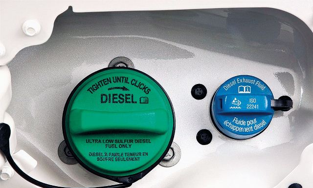 1006_8l_13+2011_ford_super_duty+diesel_exhaust_fluid