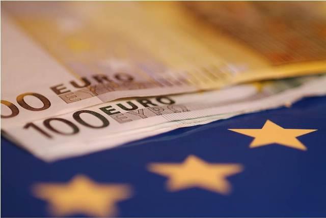 Έκπτωση φόρου έως 3.000 ευρώ για φ/β και άλλες ενεργειακές δαπάνες