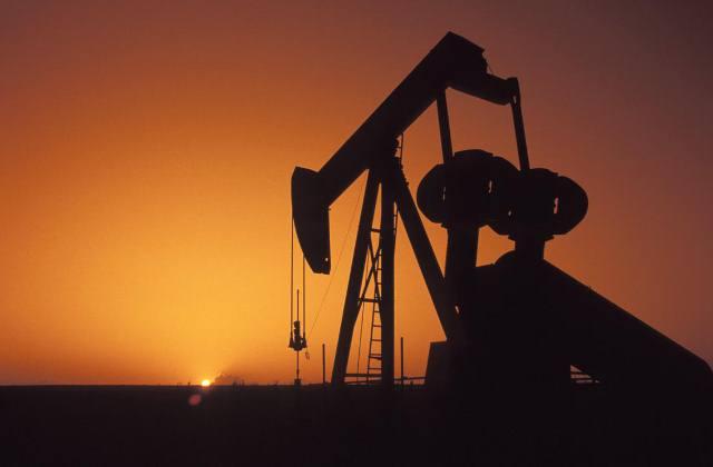 ΥΠΕΚΑ: Δεν υπάρχει πρόβλημα στην τροφοδοσία με πετρέλαιο