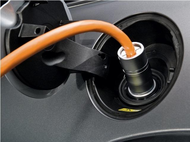 Σε άνοδο οι πωλήσεις ηλεκτρικών αυτοκινήτων