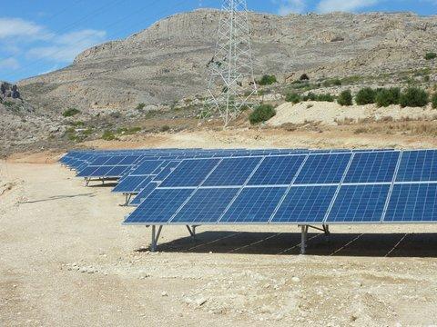 Φωτοβολταϊκά ExelGroup στη ΔΕΗ Ανανεώσιμες