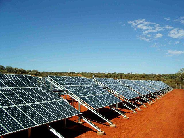 Ο ΠΑΣΥΦ κρούει τον κώδωνα του κινδύνου για τα φωτοβολταϊκά