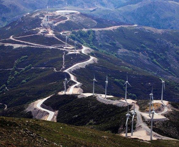 Εγκρίθηκαν έργα ΑΠΕ στη Θεσσαλία και τη Στερεά Ελλάδα