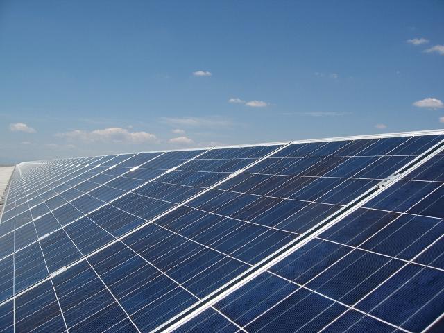 Εκδόθηκαν οι υπουργικές αποφάσεις για τα φωτοβολταϊκά