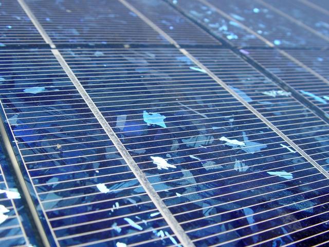Φωτοβολταϊκά σε στέγες στην Πελοπόννησο