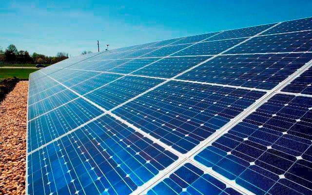 Αναστάτωση από την έκτακτη εισφορά στα φωτοβολταϊκά