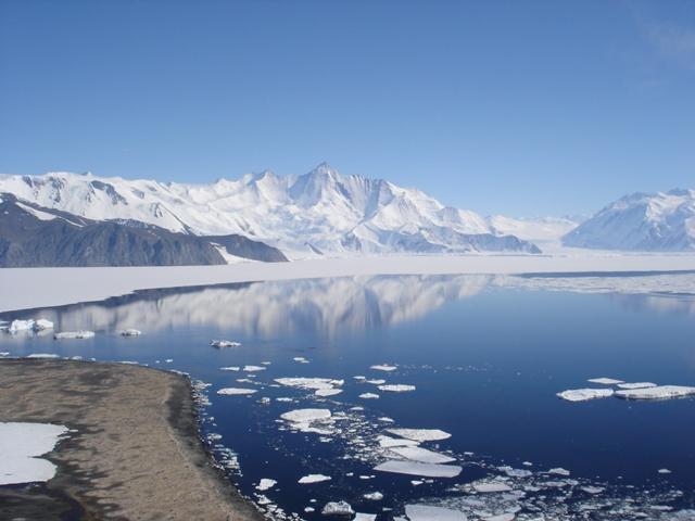Ανεβαίνει η θερμοκρασία στην Ανταρκτική