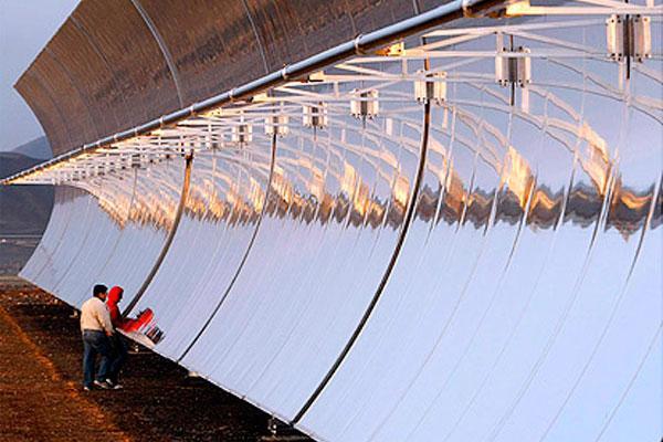 Διακοπές ρεύματος λόγω συχνότητας φωτοβολταϊκών;