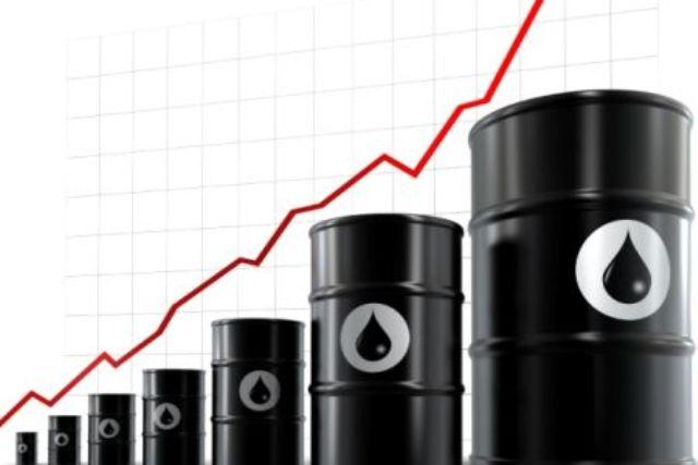 Σε υψηλό μηνός το πετρέλαιο brent