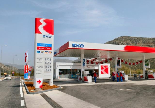 Σχολιασμός ΠΟΠΕΚ για τη φορολογία στη βενζίνη