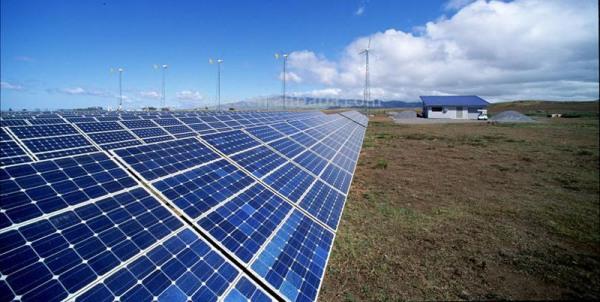 Λεπτότερα και φθηνότερα φωτοβολταϊκά πάνελ