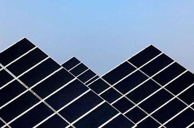 Μείωση εγκατεστημένης ισχύος ηλιακής ενέργειας στην Ευρώπη