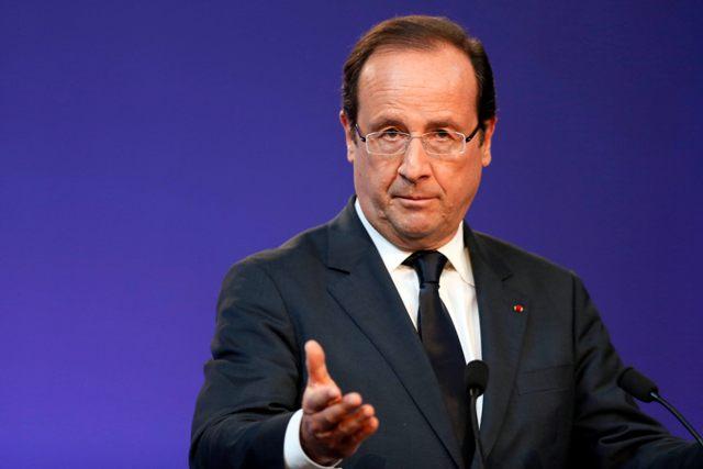 Φορολογικές αδεξιότητες από τον Ολάντ στη Γαλλία