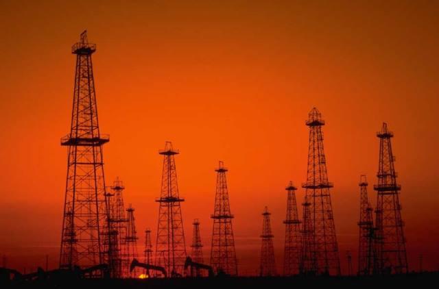 Μείωση παραγωγής πετρελαίου