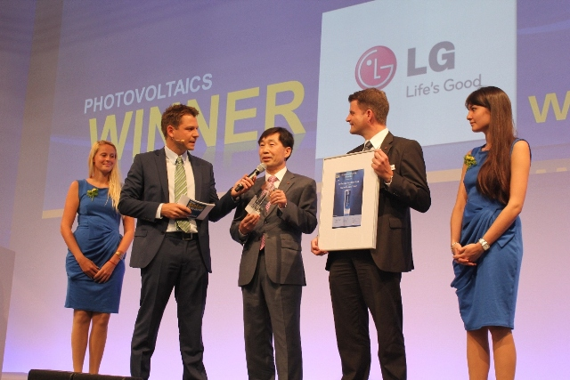 LG_Intersolar_Award_2013_photo02