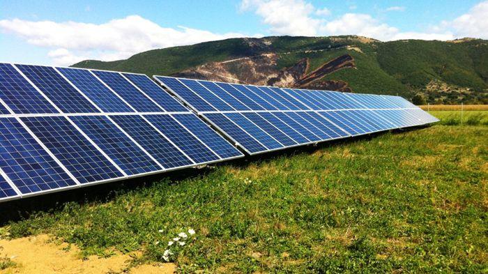 Ελάχιστη τιμή για τα κινέζικα φωτοβολταϊκά