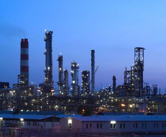 Αύξηση των εξαγωγών πετρελαιοειδών