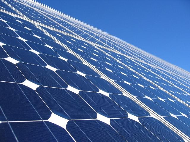 Ρεκόρ παραγωγής από φωτοβολταϊκά