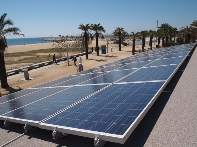 Προβλέψεις για σταθερή ζήτηση φωτοβολταϊκών