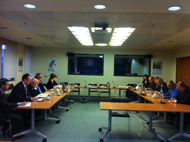 Συνάντηση Μανιάτη- μελών Βρετανικού Κοινοβουλίου