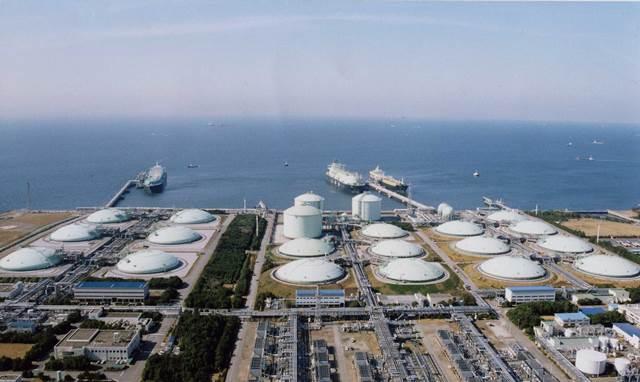 Διεθνές ενδιαφέρον για το υγροποιημένο αέριο