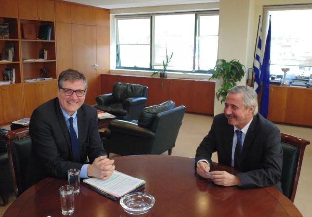 Συνάντηση ΥΠΕΚΑ με τον νέο Πρέσβη της Γερμανίας