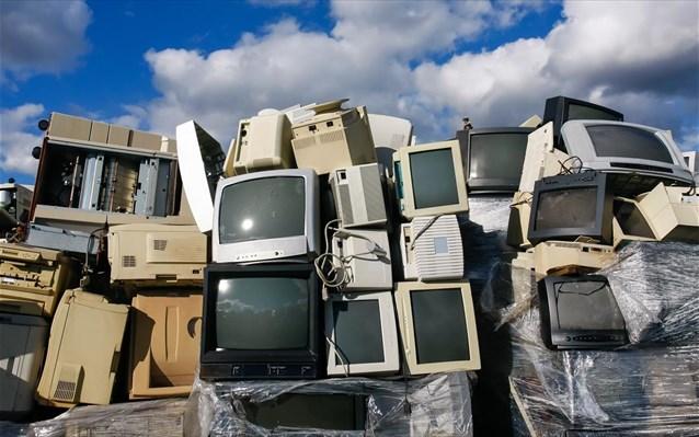 Υπογραφή ΚΥΑ για τα ηλεκτρονικά απόβλητα