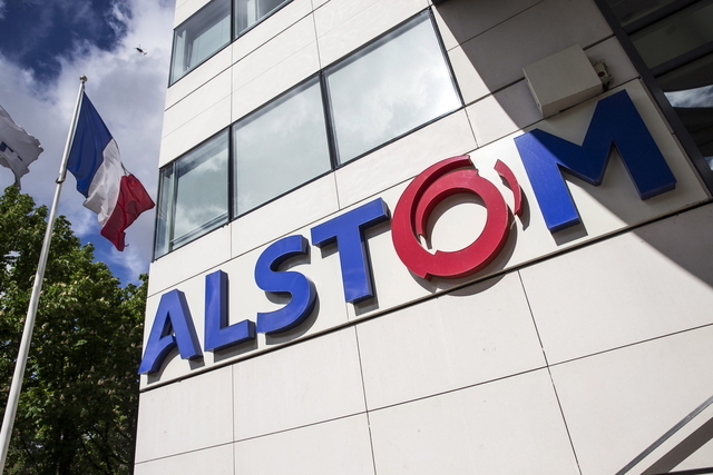 Siemens battles with GE for French Alstom company