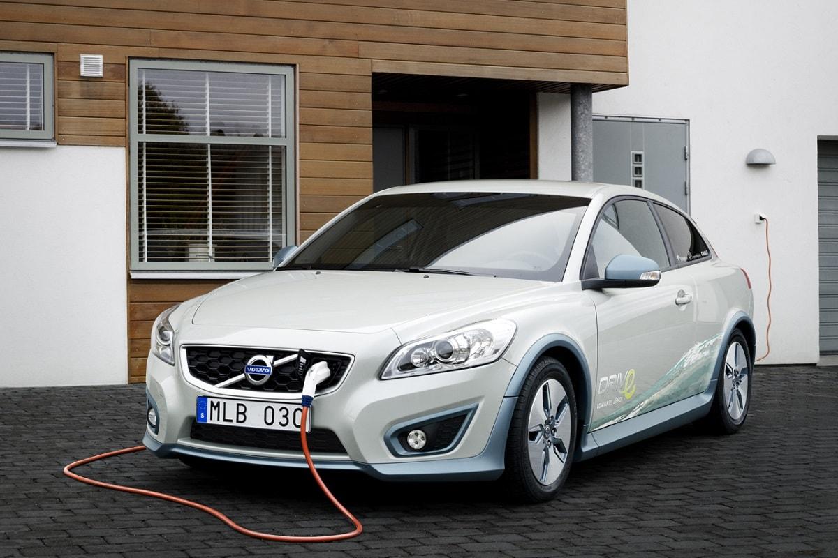 Πώληση 1 εκατ. ηλεκτρικών Ι.Χ. έως το 2025 ο στόχος της Volvo