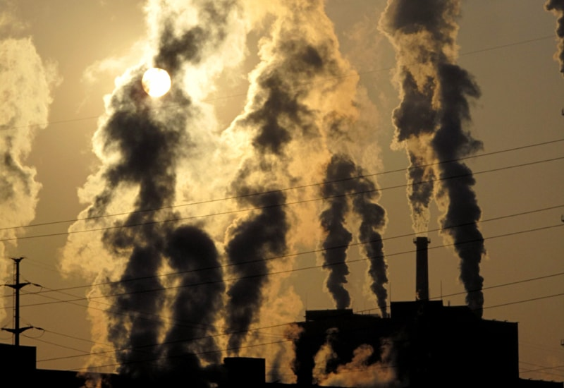 Οι προβλέψεις του Ενεργειακού Ινστιτούτου της Οξφόρδης για τις τιμές δικαιωμάτων ρύπων