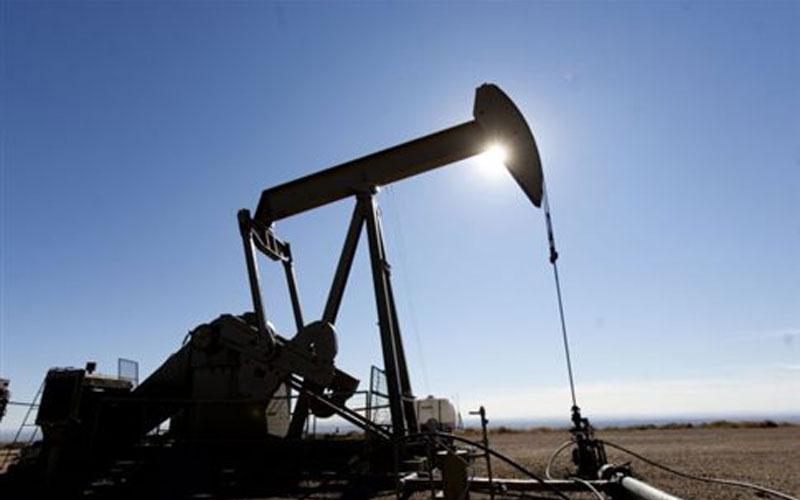 Παραμένει χωρίς πλαφόν η παραγωγή πετρελαίου