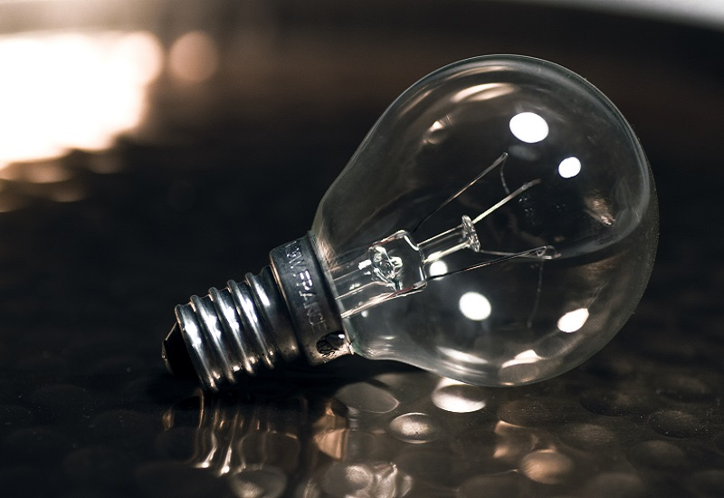 Μειωμένη για 5ο συνεχόμενο μήνα η κατανάλωση ρεύματος