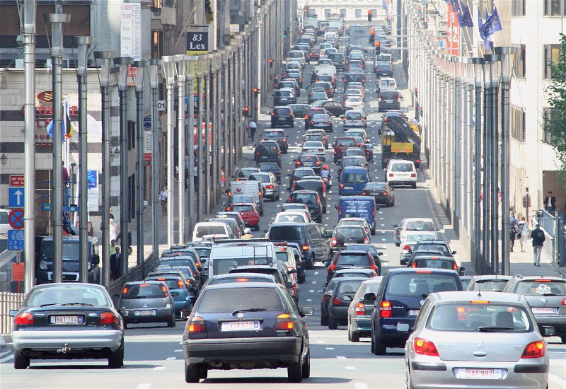 ΕΕ: Νέοι κανόνες για τους αέριους ρύπους από τα ντιζελοκίνητα αυτοκίνητα