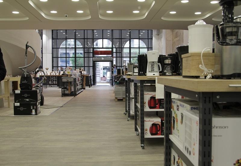 Το κατάστημα Κωτσόβολος στην Πάτρα αλλάζει τα δεδομένα σχεδιασμού και εμπειρίας