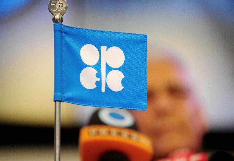 OΠEK: Εξάμηνη αναβολή για την επέκταση της συμφωνίας μείωσης της παραγωγής