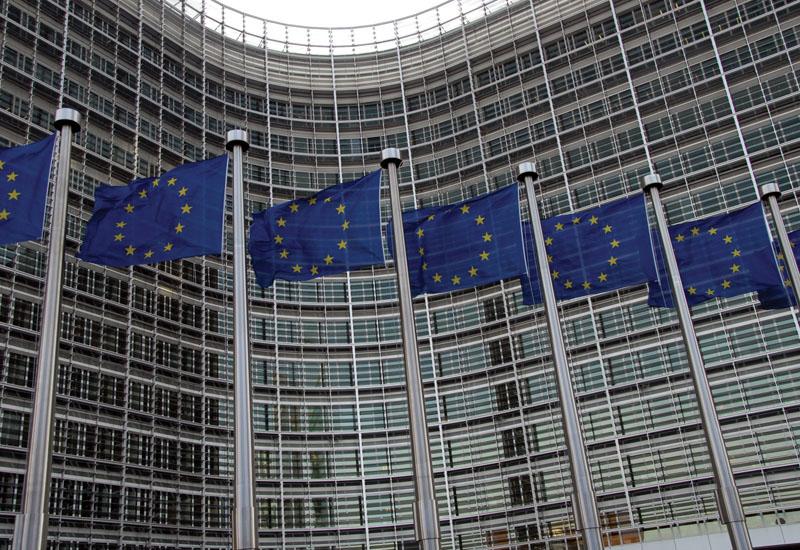 ΕΕ: Κονδύλια 700 εκατ. ευρώ στην Ελλάδα για ενεργειακή αναβάθμιση. ΑΠΕ και καινοτομία