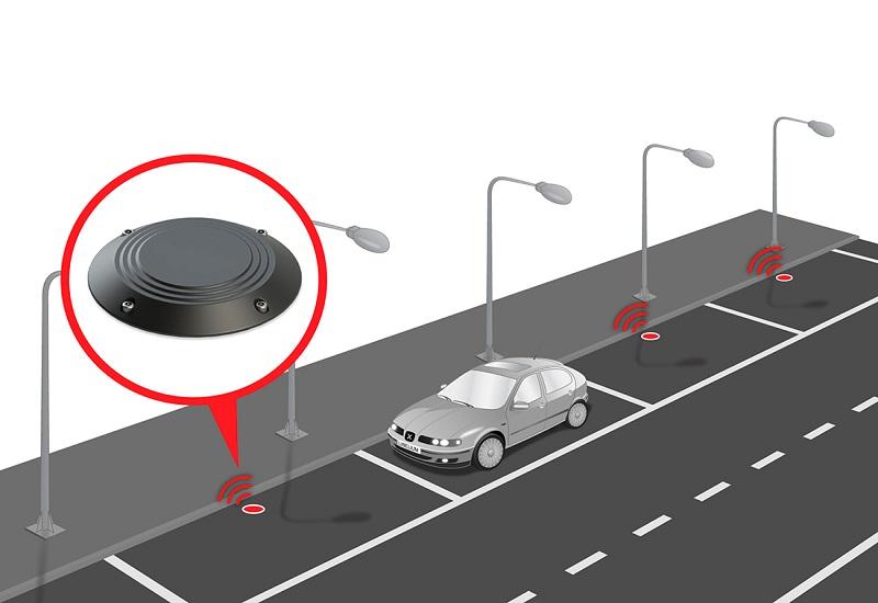 Πιλοτικά συστήματα «έξυπνης» στάθμευσης και «έξυπνου» φωτισμού στη Χαλκίδα