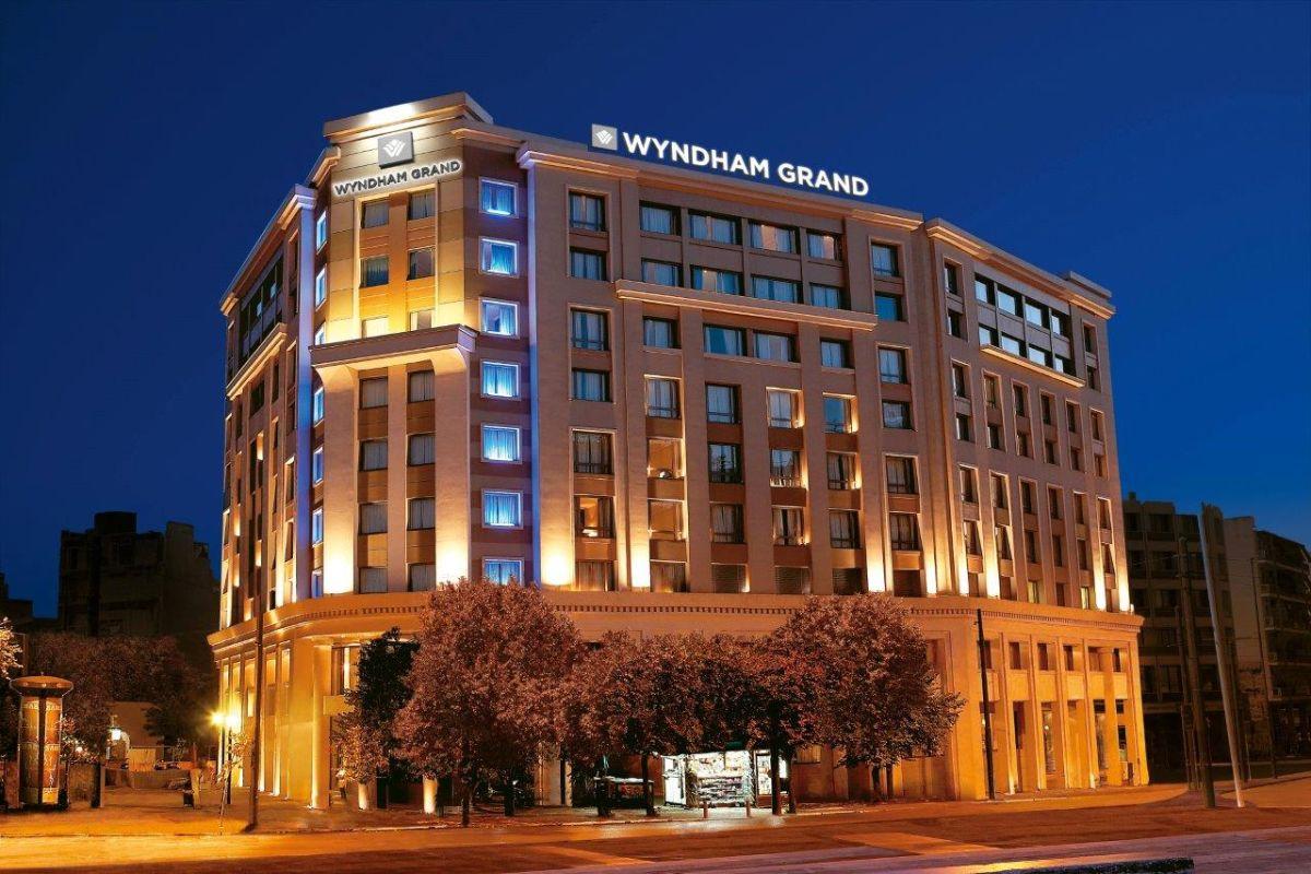 Καινοτομίες από την Kraft Paints στην εξοικονόμηση ενέργειας κατά την ανακαίνιση του Wyndham Grand Athens Hotel