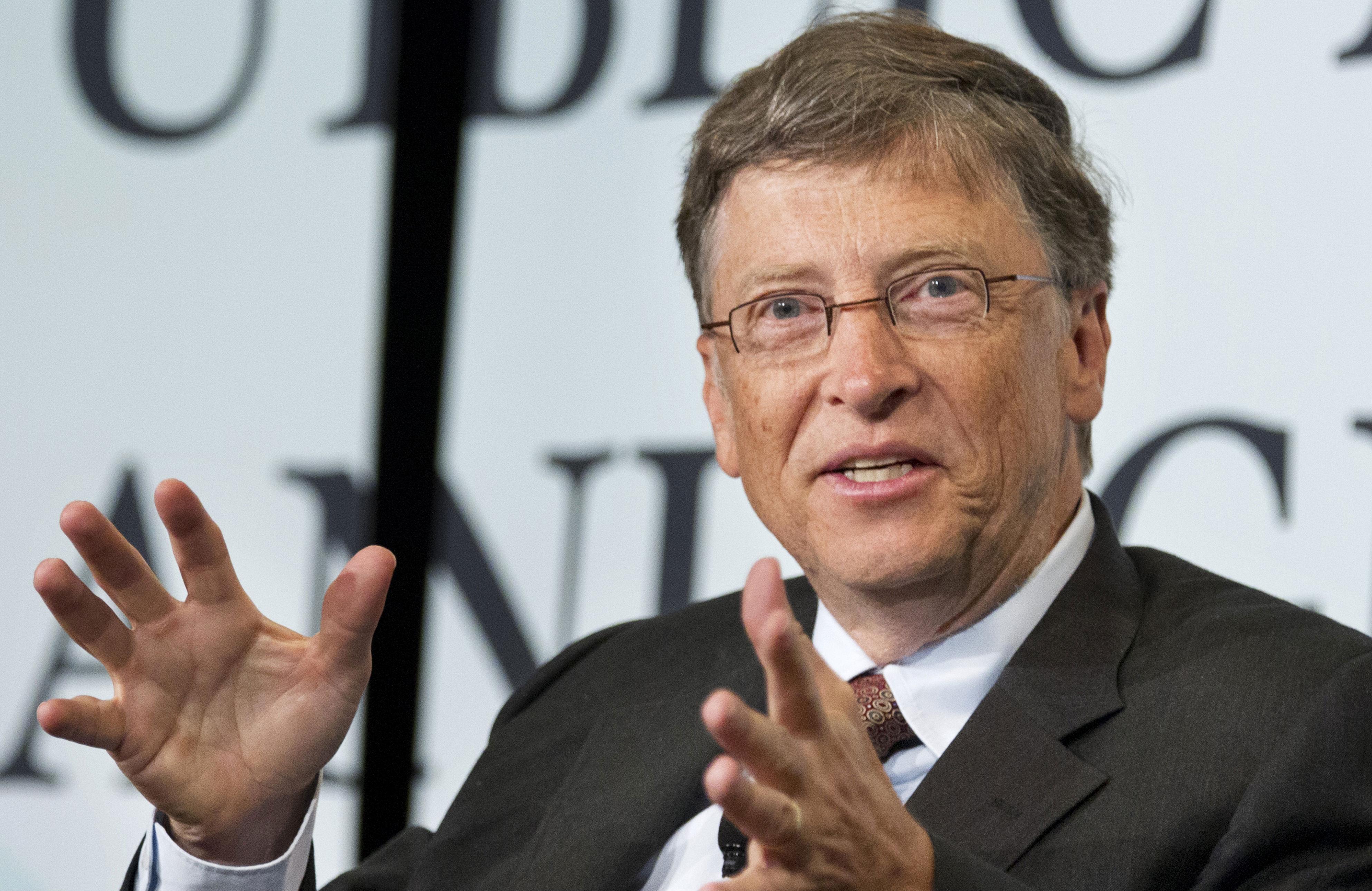 """O Μπιλ Γκέιτς επικεφαλής ταμείου για """"πράσινες"""" τεχνολογίες ενάντια στην κλιματική αλλαγή"""