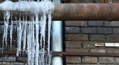 freeze water pipes
