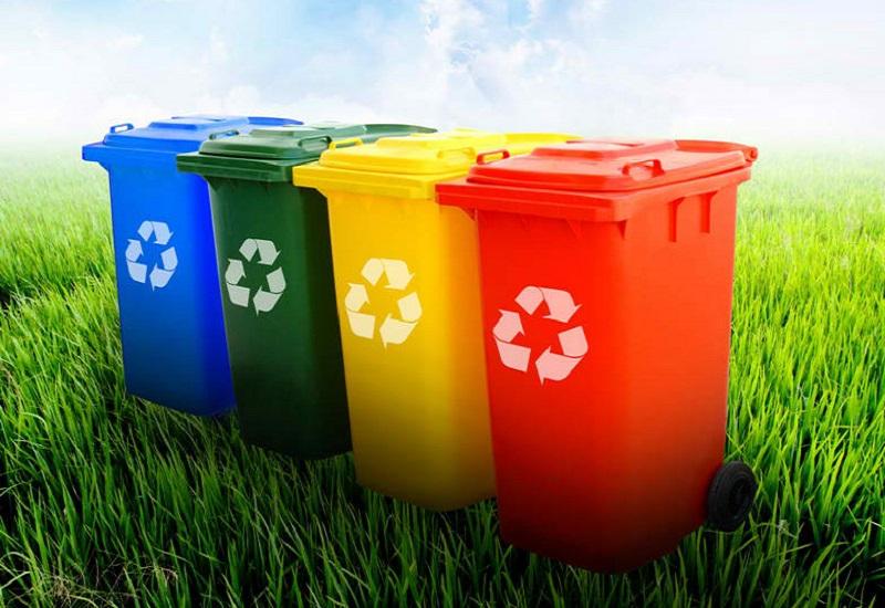 Ουραγός η Ελλάδα στην ανακύκλωση: Το 80% των απορριμμάτων καταλήγει στις χωματερές